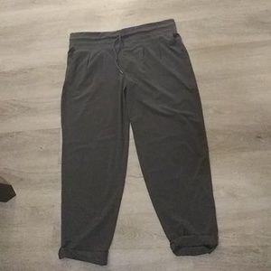 Woman's gray PRANA Baggy Athletic crop Pants XL